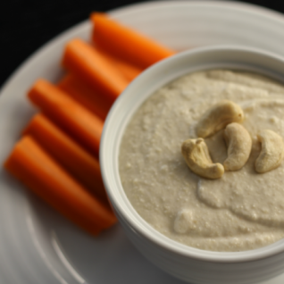 Cashew Hummus and the Silk #MeatlessMondayNight Challenge